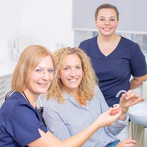 Zahnarzt Pfaffenhofen - Dr. Hörauf - Behandlung in der Praxis
