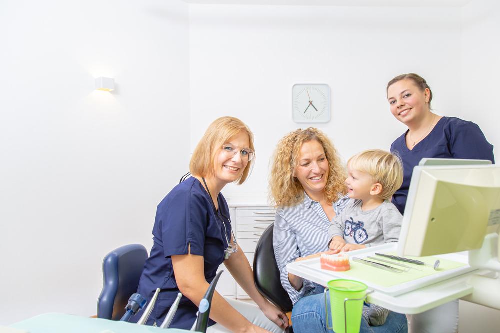 Zahnarzt Pfaffenhofen - Dr. Hörauf - Leistungen - professionelle Zahnreinigung
